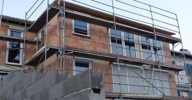 Hausbau Kosten fallen an